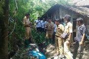 Tanggul Parapet Jebol Yang Mengakibatkan Limpas Pada Sungai Plumbon